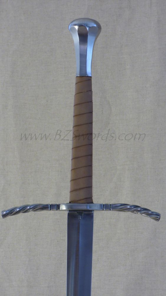 One and a half hand sword